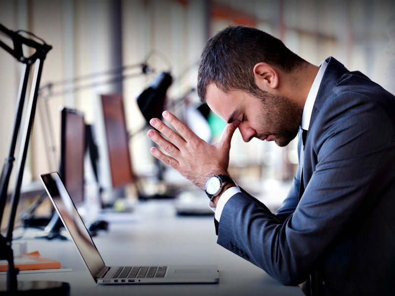how stress affects testosterone and endocrine system