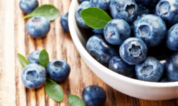 blueberries are foods that improve insulin sensitivity naturally