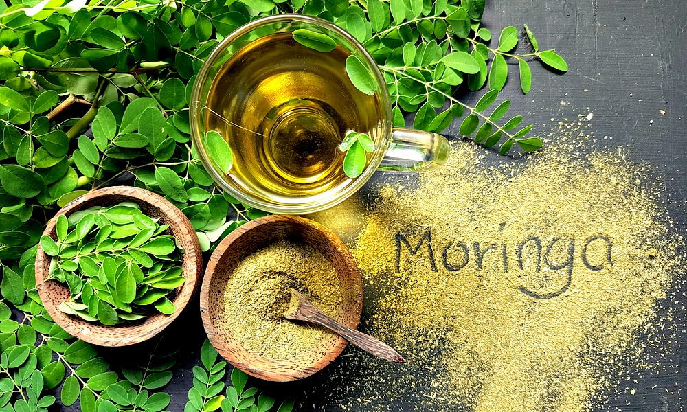 moringa leaves, powder, and tea